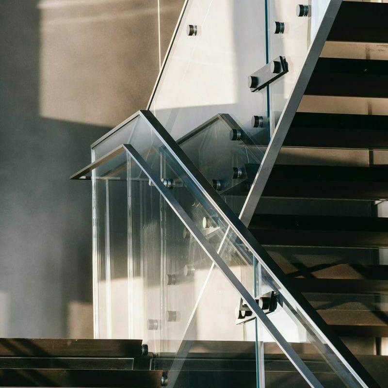 puhtaat portaat porrassiivouksen jälkeen
